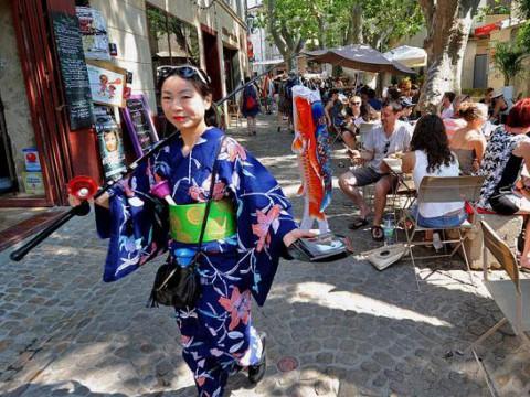princesse_monokini_avignon-parade3.jpg